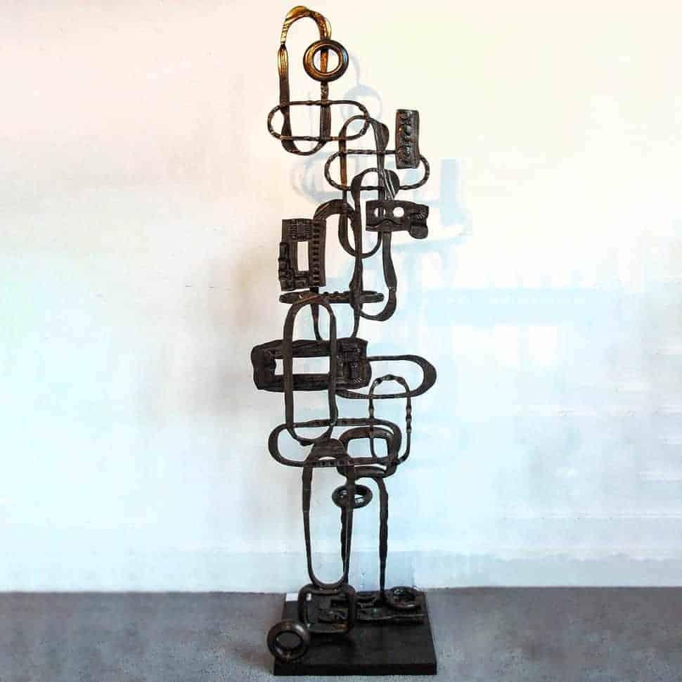 steel totem sculpture sydney