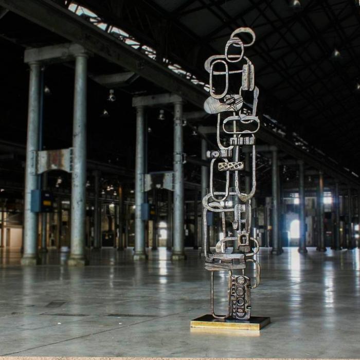 totem sculpture sydney