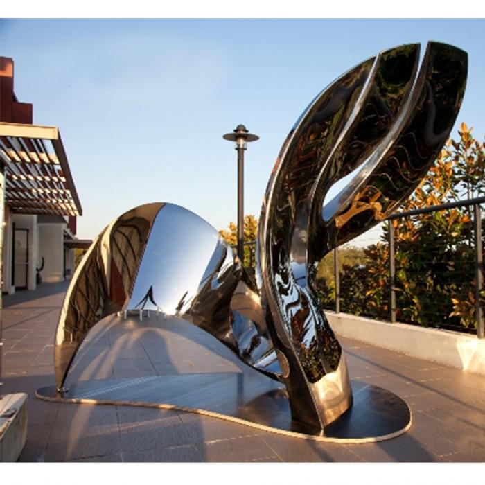 landmark sydney sculpture