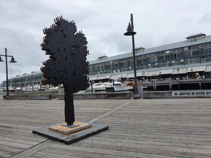 Banksia-Tree-sculpture