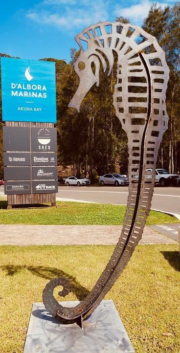 sea mare metal garden art, sea horse sculpture