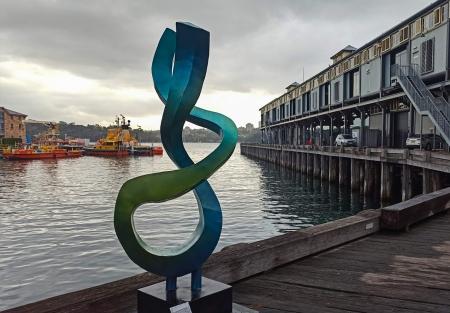 string-theory-sculpture-metal-garden-art-walsh-bay-sydney