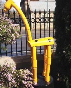 Push – Up Puppett Giraffe